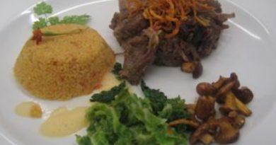 Ochsenschwanz in Karottensauce mit Couscous