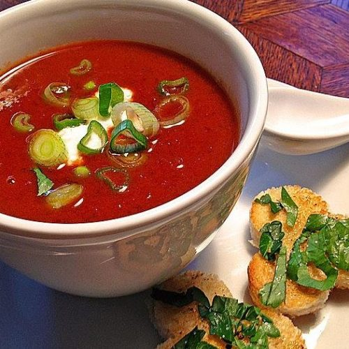 Rote Zwiebelsuppe